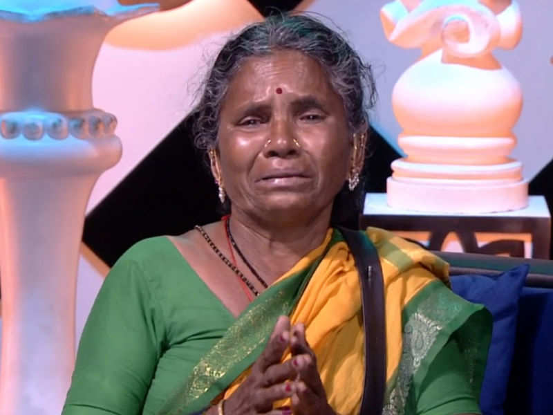 Bigg Boss Telugu 4: Gangavva emotionally shares her concern with Bigg Boss;  says she can't stay locked up in the house anymore - Times of India