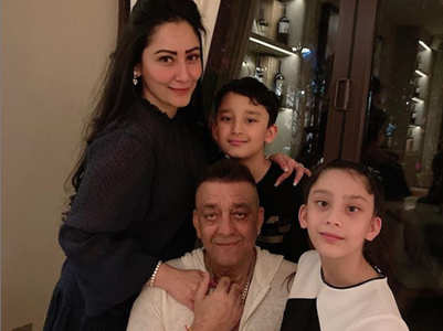 Sanjay Dutt-Maanayata reunite with kids