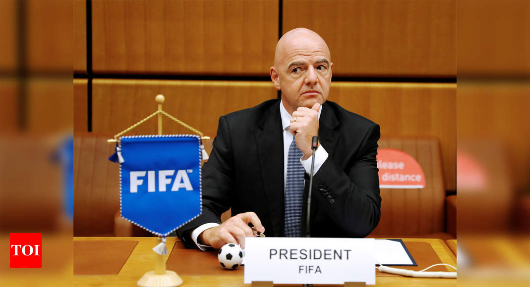 Infantino speaks of forces wanting to drag FIFA into the darkness
