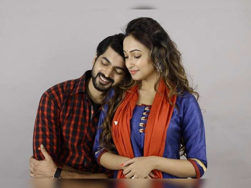 Ayoshi and Om in Pathikrit Basu's upcoming romcom