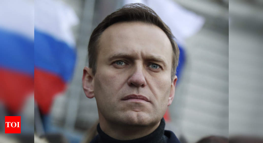 Navalny says he's becoming more than 'technically alive'