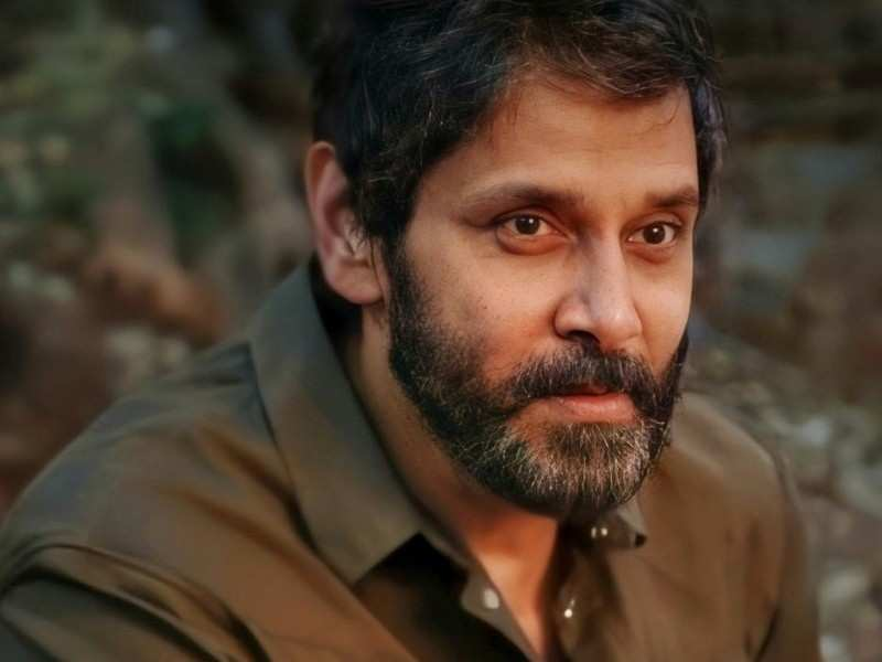 Melodious single 'Oru Manam' from Vikram's 'Dhruva Natchathiram' to be released soon?