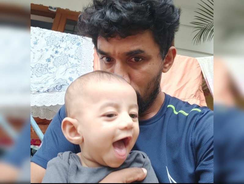 Midhun Manuel Thomas introduces his Aadu characters to his little one