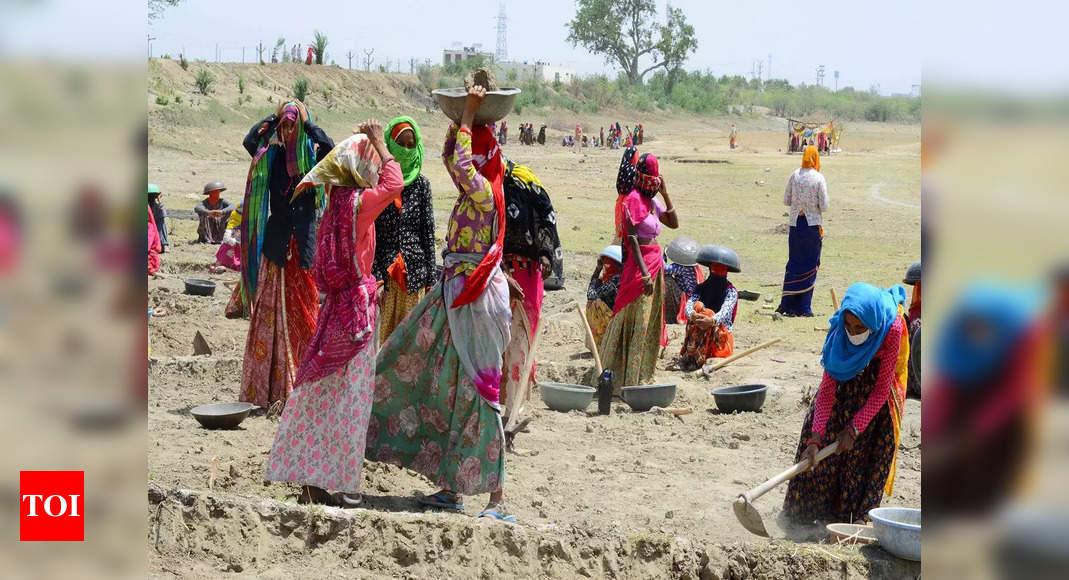 Despite Covid, women still hold 52% of NREGS work