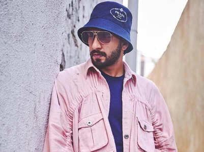 5 times Bollywood actors proved PINK is manly!