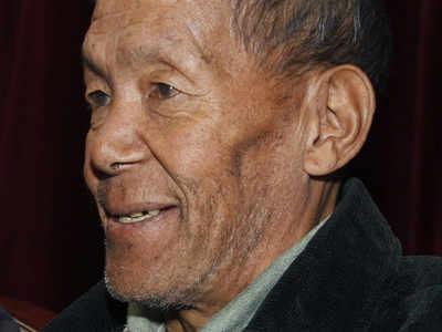 Nepal`s Ang Rita Sherpa, first to climb Mount Everest ten times, dies