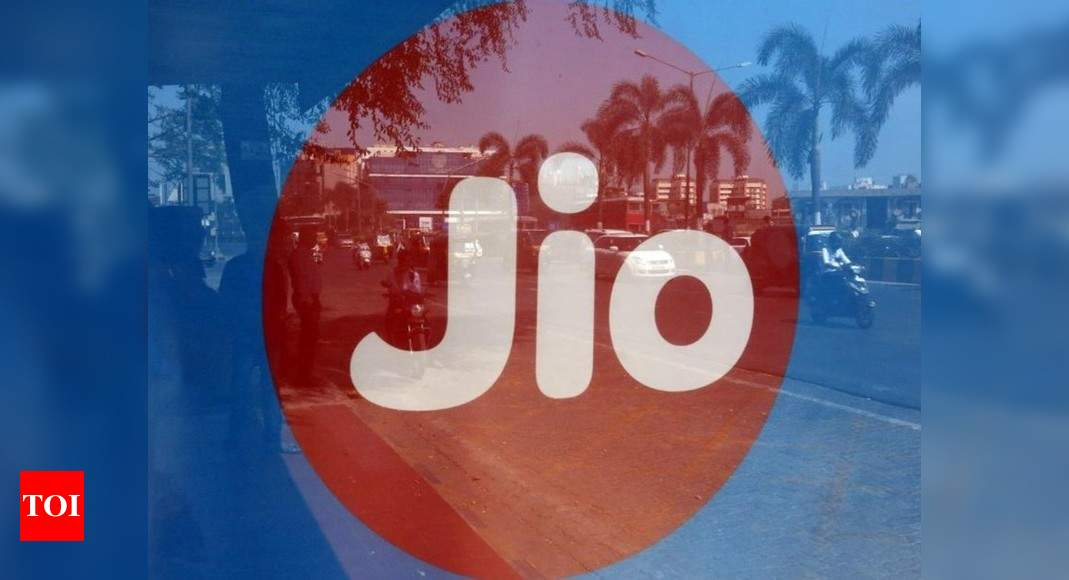 Post-paid tariff war: Jio unveils JioPostpaid Plus