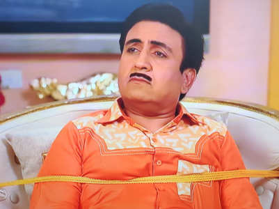 TMKOC: Jethalal decides to leave for the shop