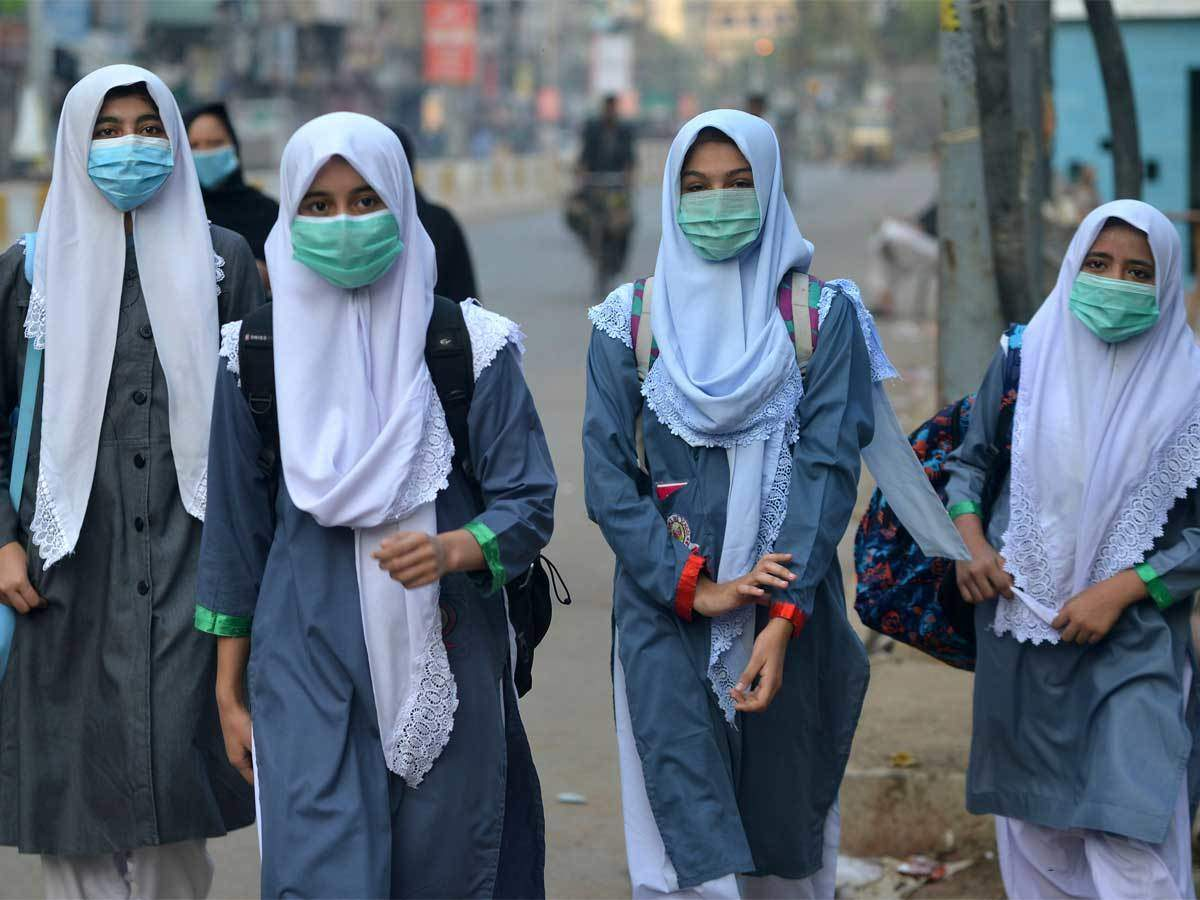 Pakistan school reopen news: Pakistan reopens schools for 6-8 standards,  primary schools to open on Sept 30 - Times of India