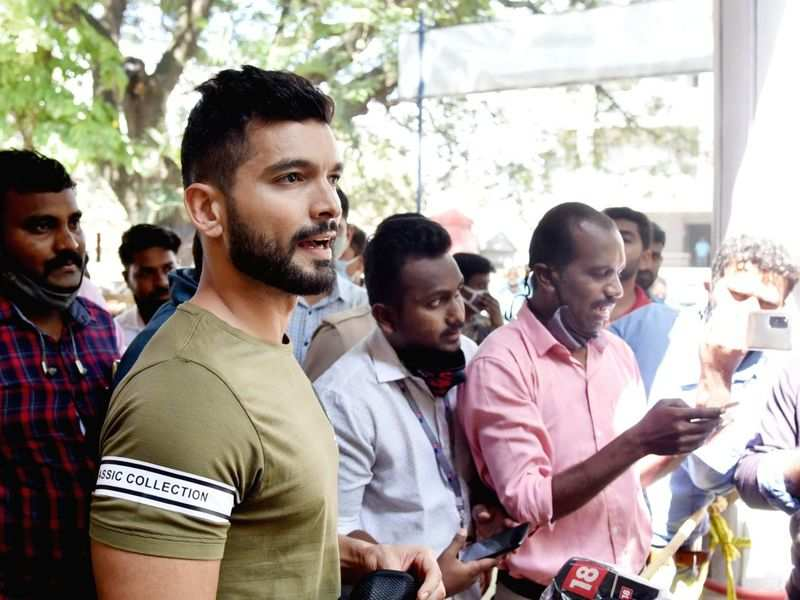 Sandalwood drug scandal: Diganth gets called from film set for three-hour round two of CCB inquiry