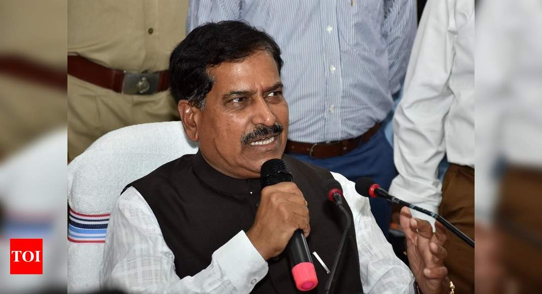 MoS Railways Suresh Angadi dies of Covid-19; first union minister to succumb to virus   India News – Times of India