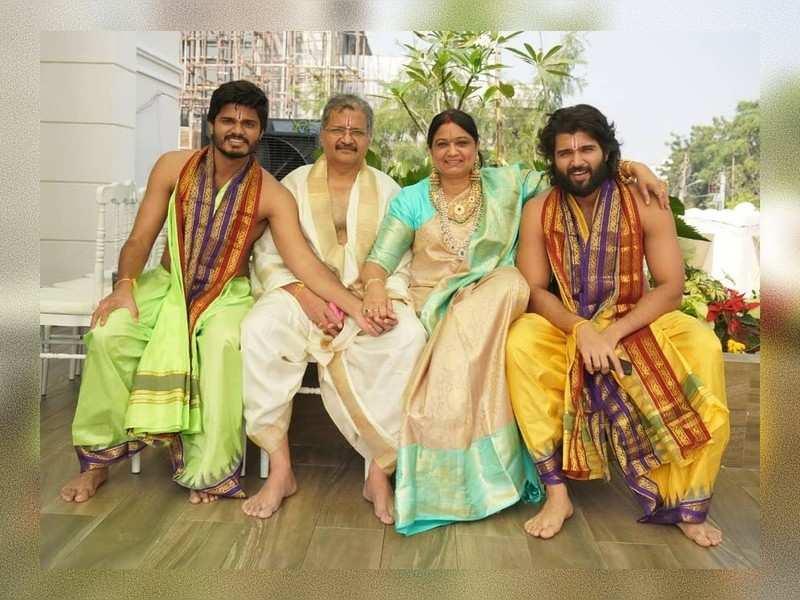 Vijay Devarakonda's adorable video for his mum Madhavi as she turns 50