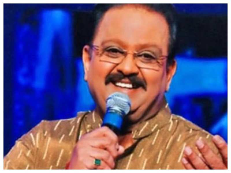 SP Balasubrahmanyam passes away: Swwapnil Joshi, Renuka Shahane and other Marathi celebs mourn the demise of legendary singer