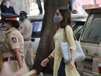 Shraddha Kapoor arrives at NCB office