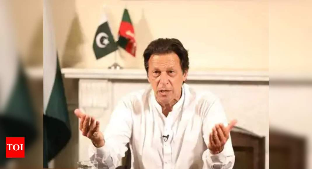 Hasty international withdrawal from Afghanistan would be unwise: Pakistan PM Imran Khan - Times of India