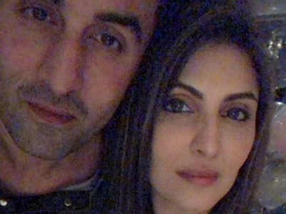 Riddhima shares a cute selfie with Ranbir