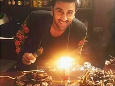 When Ranbir celebrated b'day on 'ADHM' sets