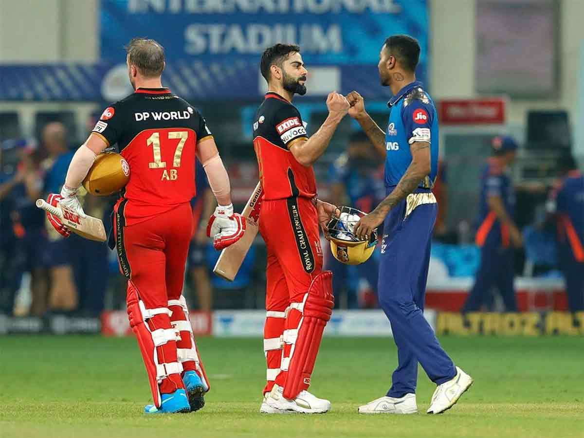Royal Challengers Bangalore vs Mumbai Indians: RCB beat MI in thrilling Super Over game | Cricket News - Times of India
