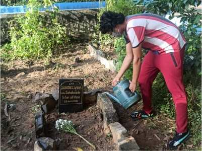 Babil shares photos Irrfan Khan's grave