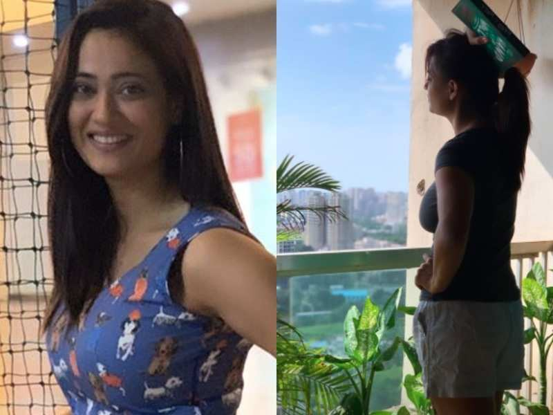 Covid positive Shweta Tiwari shares a glimpse of how she is spending her time in quarantine