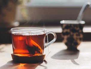 Tea rinses that will boost hair growth