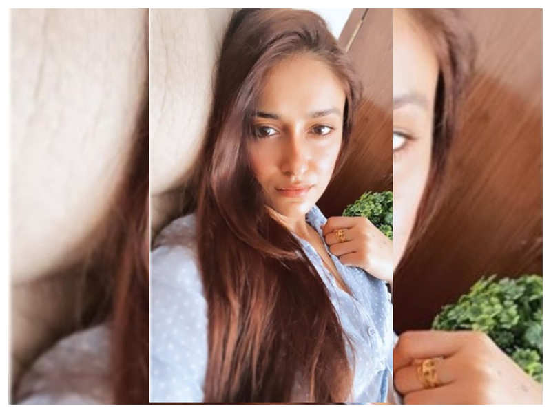 Ileana D'Cruz is feeling a little melancholy and her latest Instagram picture is proof