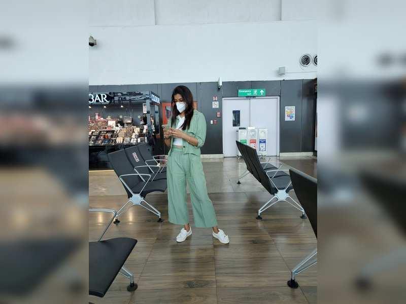 Varalaxmi Sarathkumar heads to Hyderabad to resume shoot for her next
