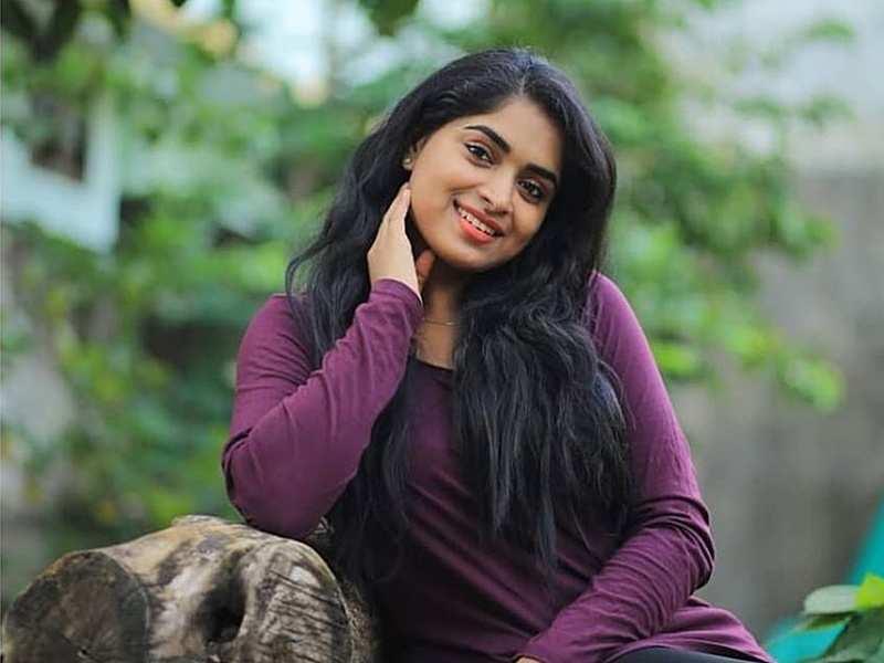 I declined the offer to play Sapthathi, says Pookkalam Varavayi's Arathy Sojan