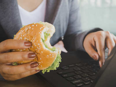 Why you should slow down while eating your food