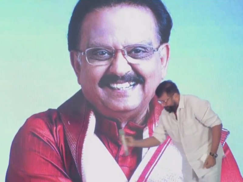 Celebs pay tributes to SPB amid tears at condolence prayer meeting in Chennai