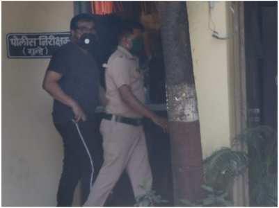 Anurag reaches Versova police station