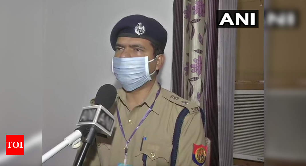 Hathras Rape Case News: Aligarh hospital report doesn't confirm rape; Hathras SP | Agra News – Times of India
