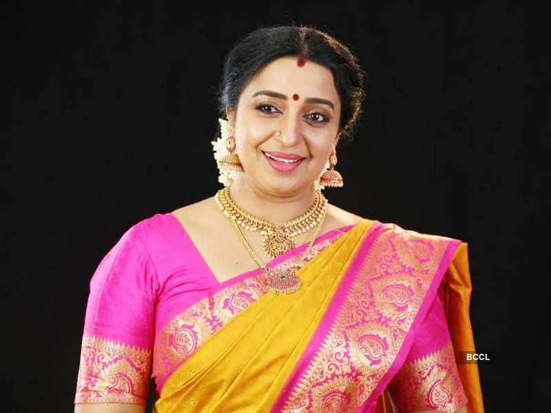 Uyire Sona Nair replaces Seema Nair as 'Veeralakshmi'