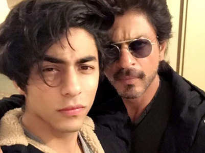Pics: Aryan makes rare appearance with SRK