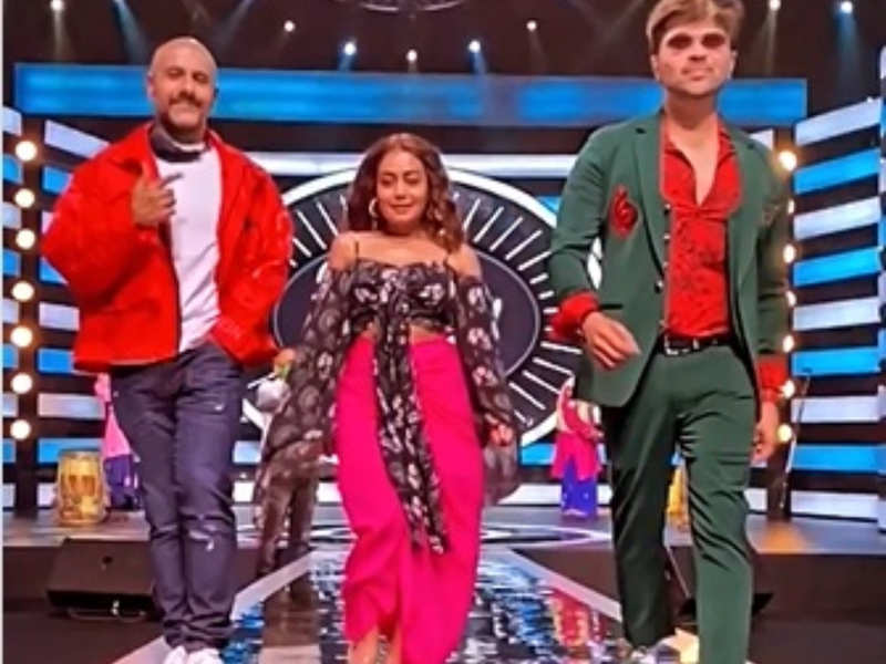 Indian Idol 12 Judges Neha Kakkar Vishal Dadlani And Himesh Reshammiya Are Back In Action Times Of India
