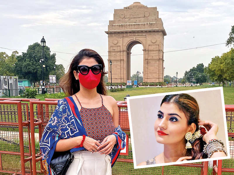 Subuhii Joshii, who was in Delhi recently, visited all her favourite addas here, including India Gate