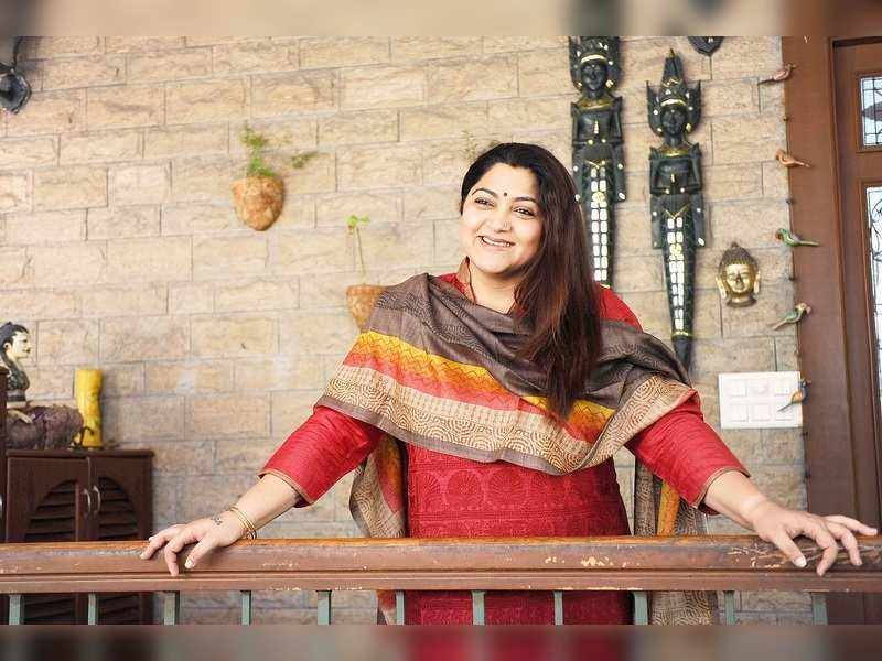 #TheatreLove: I've caught first day first show of Annamalai and Bramma, says Khushbu