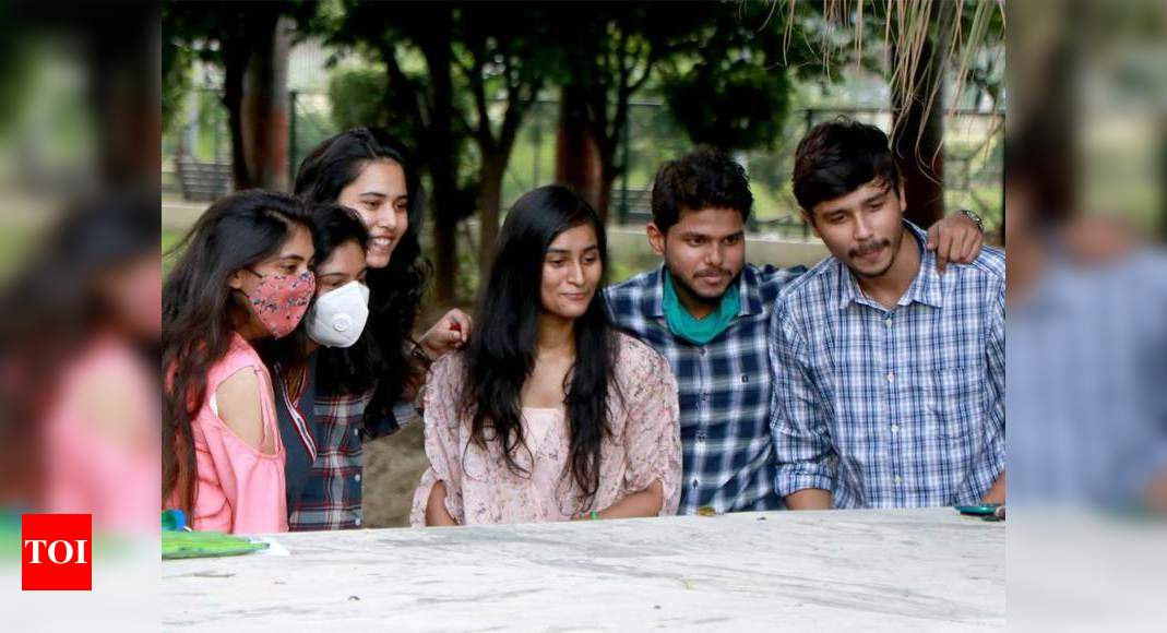 JEE-Advanced results announced; Pune boy Chirag Falor tops