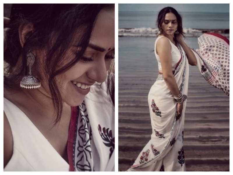Photos: Amruta Khanvilkar slays it in her white floral saree | Marathi Movie News - Times of India