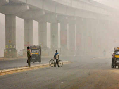 Smog returns to India capital as wind drops, farmers burn stubble