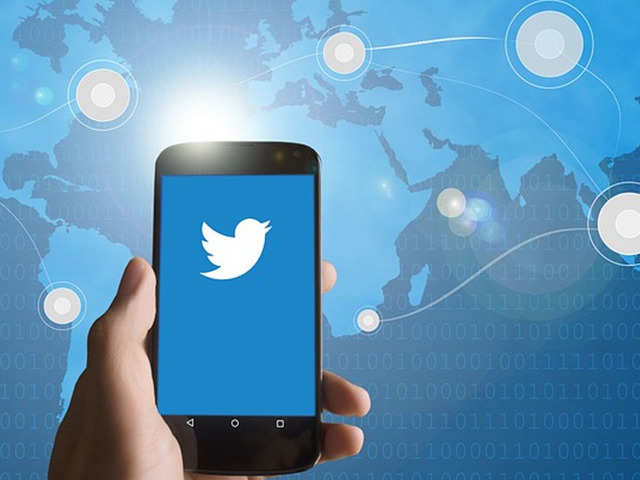 Twitter down for many users due to change in internal systems
