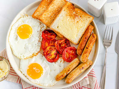 Big breakfast and small dinner for weight loss