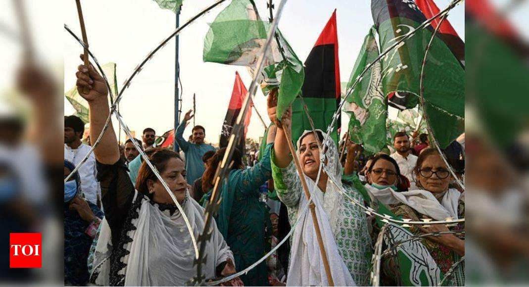 Pakistan News: Pakistan opposition starts countrywide protests to oust government | World News – Times of India