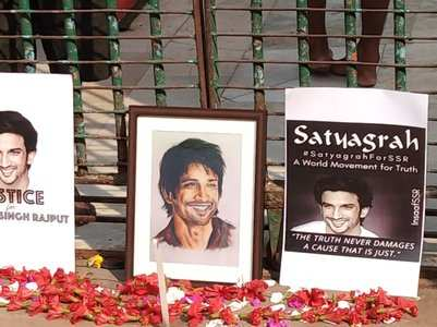 Fans held SSR tribute event in Kolkata