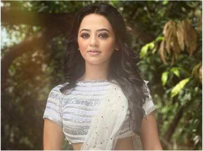 Helly Shah tests negative for COVID-19