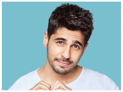 Sidharth thanks fans for love and support