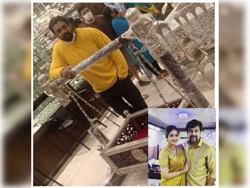 Dhruva Sarja buys a silver crib for his late brother Chiranjeevi Sarja and Meghana Raj's baby