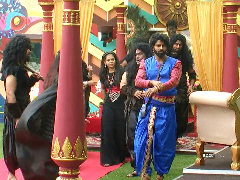 Bigg Boss Tamil 4, Day 16, October 20, highlights: Balaji Murugadoss and Aajeedh Khalique have a physical fight; Bigg Boss announces limitation in food and water