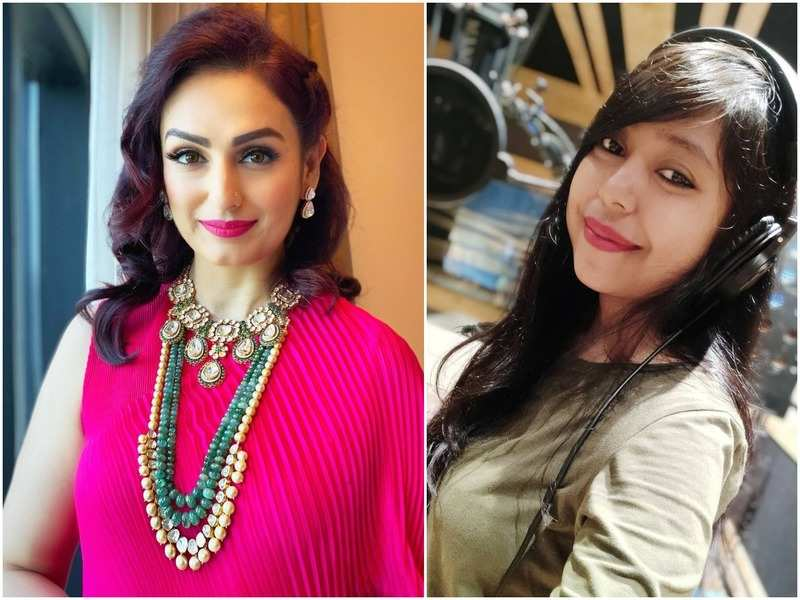 Akriti Kakar and Debanjali B Joshi pay tribute to Ma Durga