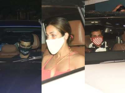 Photos: Arjun - Malaika at Sanjay's residence